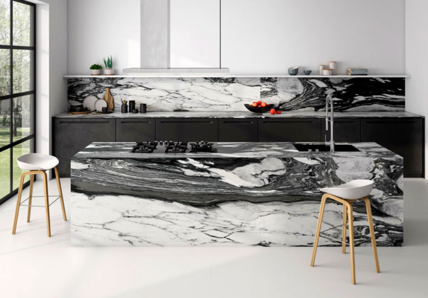Black atypical kitchen