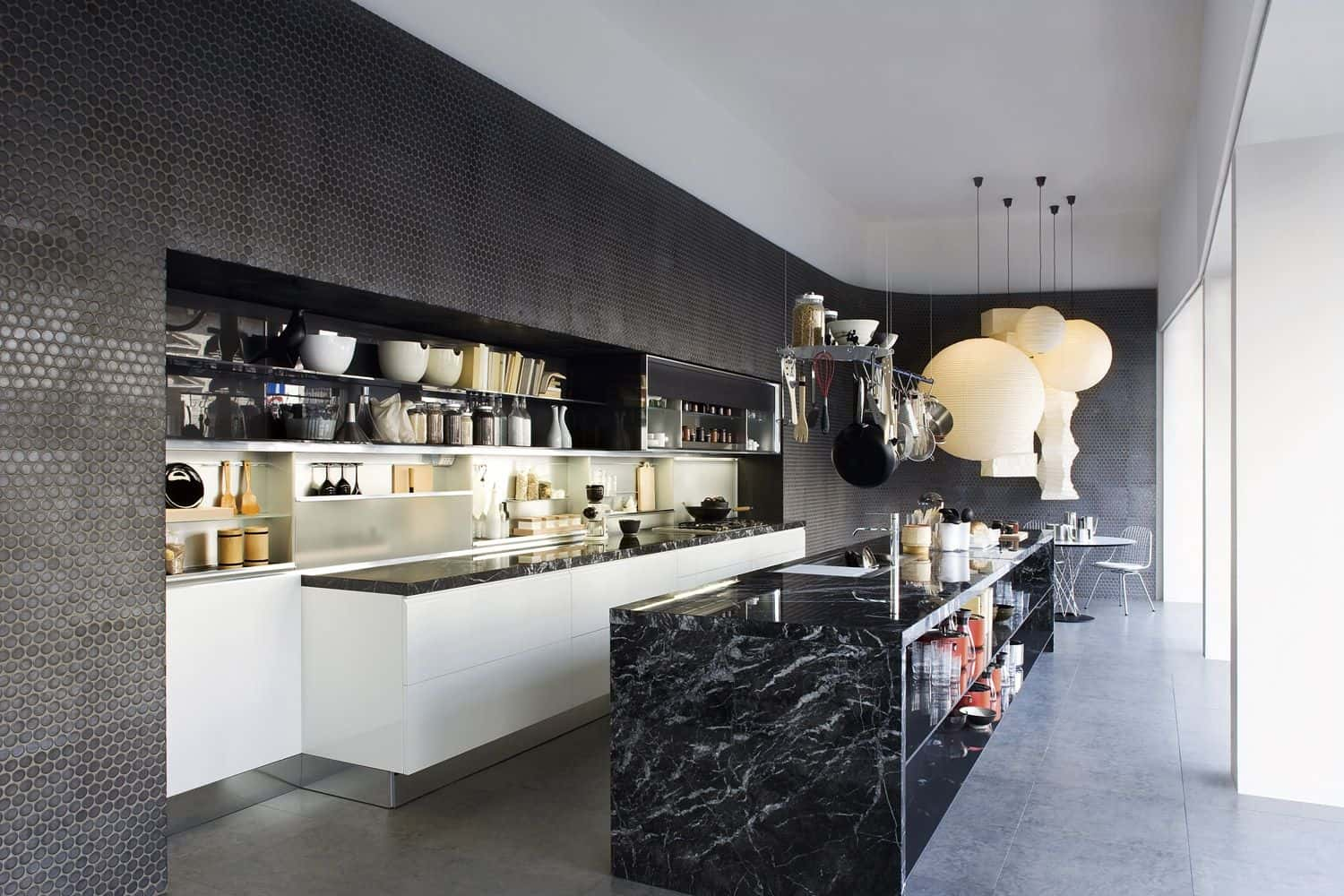 Black kitchen black marble