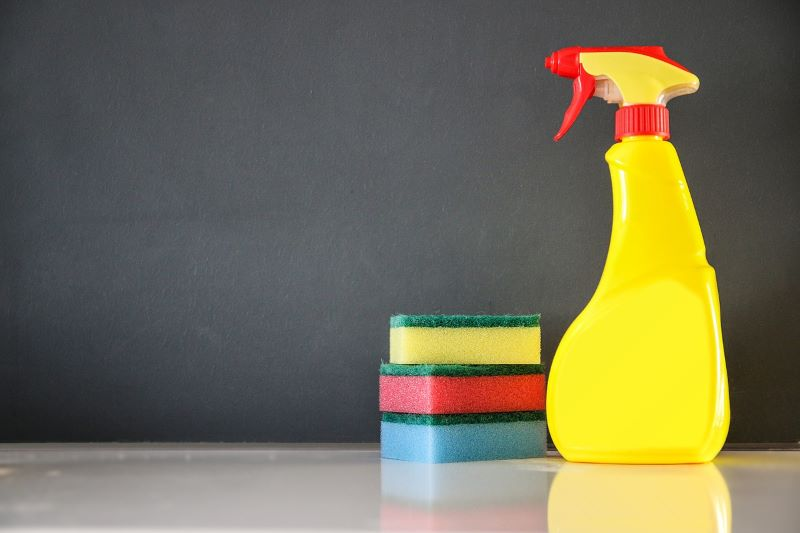 How to wash walls before painting?