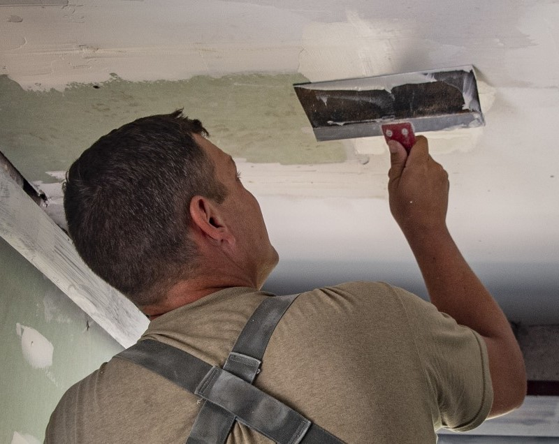 Smooth and Simple Plaster Walls. Check How to Plaster a Wall