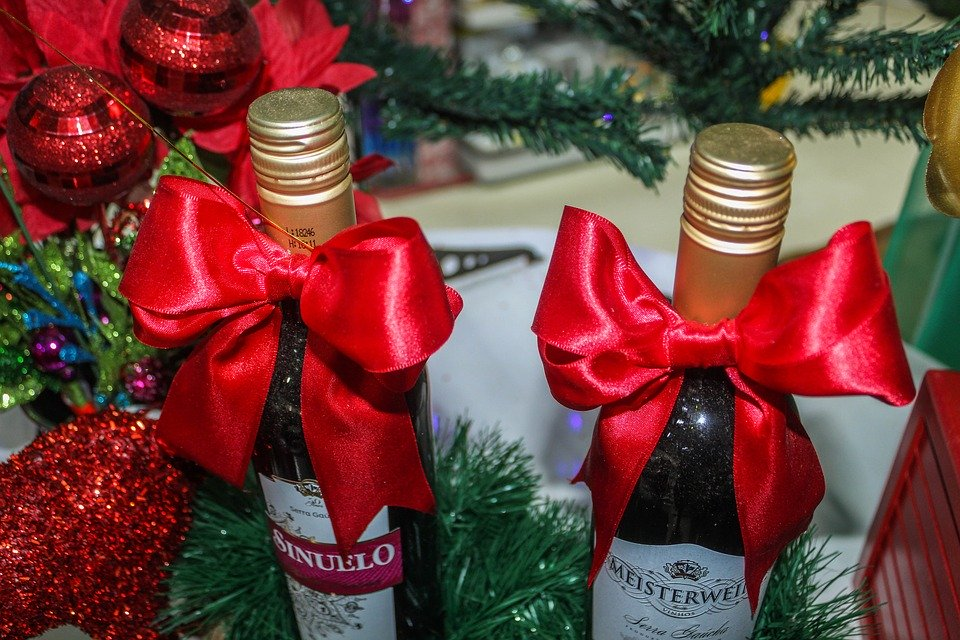 Wine - a foolproof Christmas gift for grandma