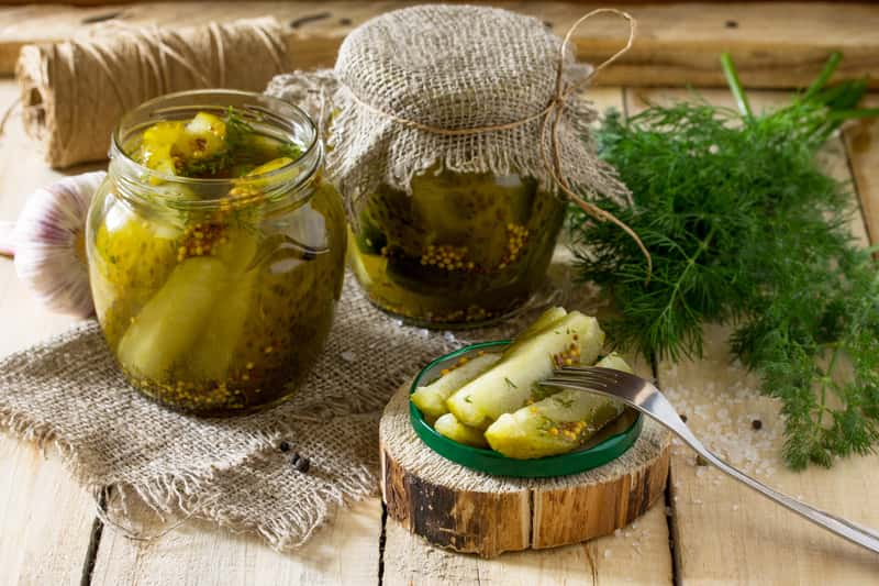 How to make pickles? Half sour pickles recipe