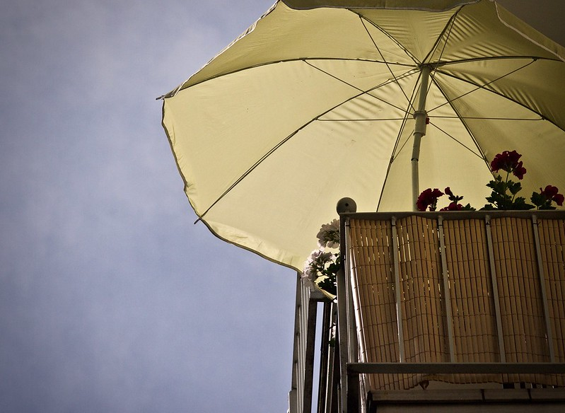 Small balcony - umbrella