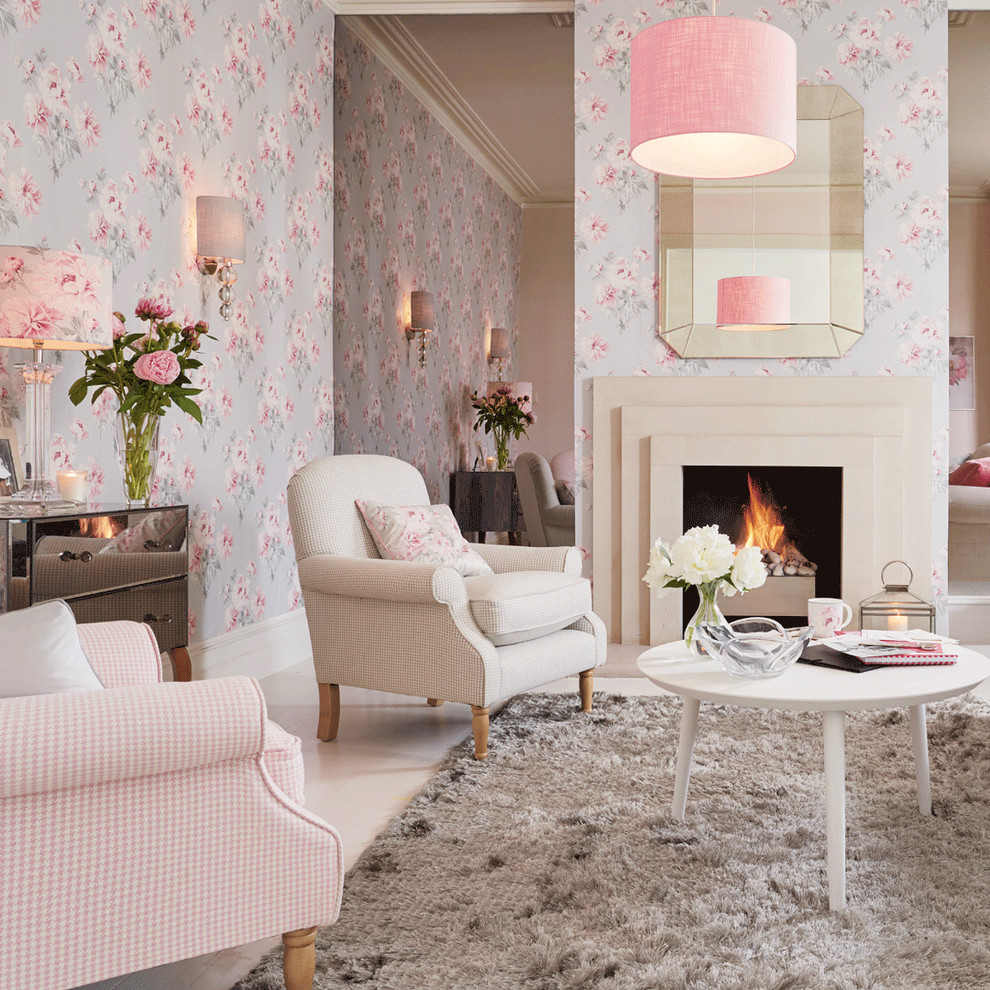 Shabby chic living room with a colorful accent