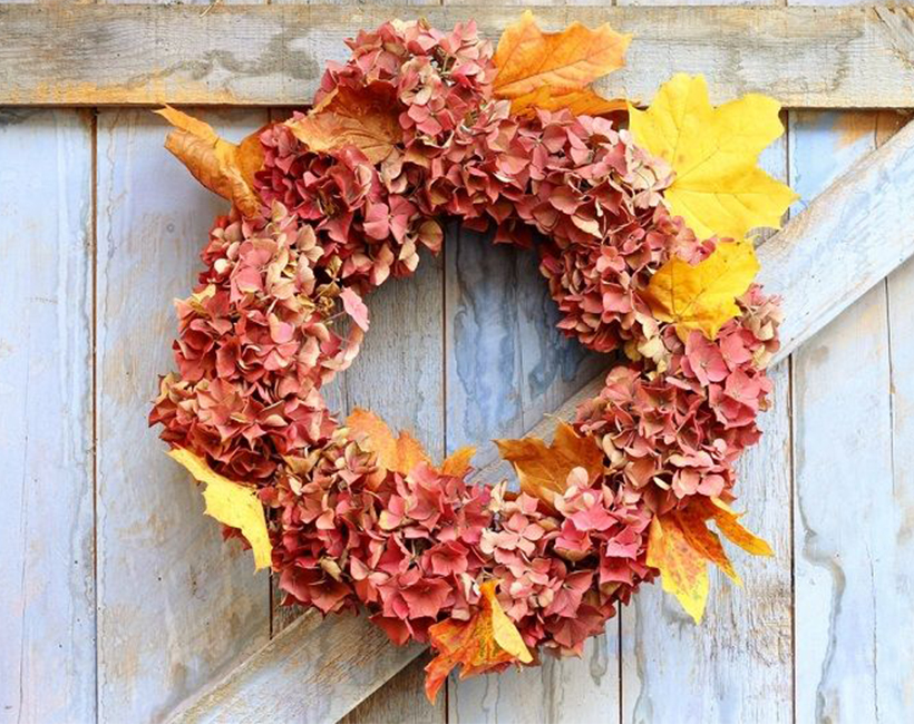 Fall crafts for doors - autumn leaf and fruit wreath